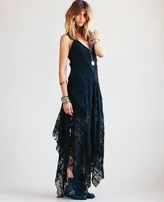 love this! @Free People #maxi #lace #noir