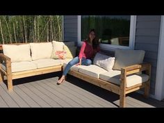 How to Build a 2x4 Outdoor Sectional Tutorial - YouTube