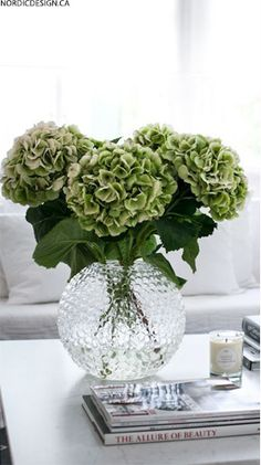 SIA faux flowers from pavilionbroadway.co.uk