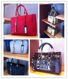 Versace Purses #handbags #clutches