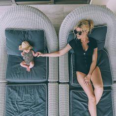 Les #indispensables des #vacances avec #bébé > absorba.fr/vacances-bebe-indispensables
