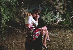 """Pushing Daisies """" Girth """" ( 1x05 ) - Ned The Piemaker #LeePace and Olive kissing"""