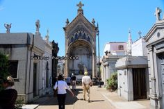 Considered one of the most important cemeteries in the world (in size and grandeur)