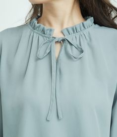 Neck Designs For Suits, Sleeves Designs For Dresses, Dress Neck Designs, Blouse Designs, Fancy Dress Design, Girls Frock Design, Stylish Dress Designs, Pakistani Dresses Casual, Indian Fashion Dresses