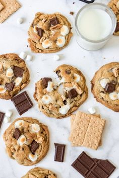 These gooey, soft, and chewy S'mores Cookies have all the elements of classic campfire s'mores in a cookie that is chock full of chocolate, graham crackers, and toasted marshmallows so you can enjoy this summertime favorite all year long and perfect at Christmas! #Christmas #sweet #cookie #smores #dessert #familyfriendly #easy #recipe Smores Cookies, Smores Cake, Fun Cookies, Smores Dessert, Gourmet Cookies, Sugar Cookies, Best Cookie Recipes, Best Dessert Recipes, Fun Desserts