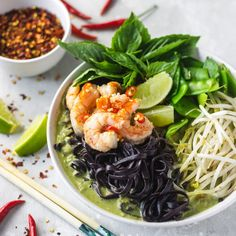 This recipe is so simple to make and it's also gluten- and dairy-free! #greencurry #currysoup Lemon Sauce For Fish, Fish Sauce, Dairy Free, Gluten Free, Coconut Milk Curry, Curry Soup, Green Curry, Curry Paste, Food Website