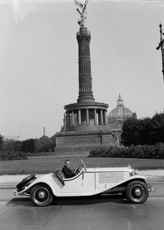 1932 Berlin - an der Siegessäule (Zoltan Glass (via National Media Museum)