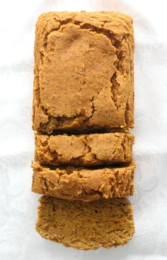 A recipe for the best Gluten-Free Pumpkin Bread that's vegan, allergy-free, and so easy to make! The classic Fall quick bread made healthy in one-bowl, packed with pumpkin, warming spices, and simple ingredients, super moist and soft, even sugar-free! Slice it up for breakfast, dessert, or a cozy autumn snack! Imagine biting into a soft, … Gluten Free Pumpkin Bread, Healthy Pumpkin Bread, Starbucks Pumpkin Bread, Pumpkin Chocolate Chip Bread, Quick Bread Recipes, Dairy Free Recipes, Fall Breakfast, Breakfast Dessert, Butternut Squash Bread