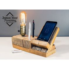 Barn Wood Bedside Utility Storage Lamp With Pipe Stand Electronic Docking Station Wood Projects, Woodworking Projects, Projects To Try, Cnc Woodworking, Luminaria Diy, Support Telephone, Steampunk Lamp, Wood Lamps, Pipe Lamp