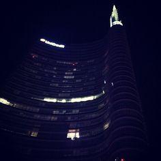 Milano. Piazza Gae Aulenti.