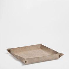 Zara Home  DESPEJA-BOLSOS CAMURÇA ref. 47559043 29,99 €  30.0 x 17.0 x 6.0 cm