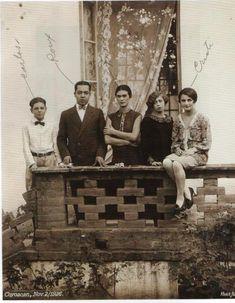 El álbum secreto de Frida Kahlo. Pablo Ortiz Monasterio, fotógrafo e…