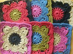 CROCHET GRANNY SQUARES TO MAKE IN TO A BAG | Flickr - Photo Sharing!