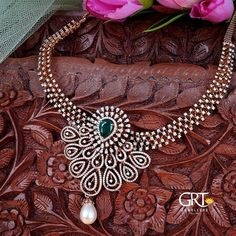 Diamond And Emerald Necklace ~ South India Jewels Wedding Jewellery Designs, Gold Jewellery Design, Diamond Jewellery, Wedding Jewelry, Gold Jewelry, Diamond Necklace Set, Bold Necklace, Emerald Necklace, Diamond Pendant