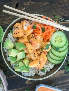Learn how to easily make your favorite roll of sushi at home! These California Roll Sushi Bowls are cost effective, delicious, and minimal cooking required. Sushi Recipes, Asian Recipes, Cooking Recipes, Healthy Recipes, Healthy Meals, Shrimp Recipes, Keto Recipes, Recipies, California Roll Sushi