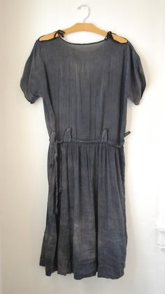 1940's faded, charcoal grey, drop waist, exposed shoulders - fab!