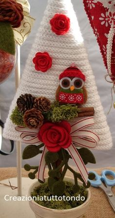 31 Ideas Crochet Gifts For Christmas Xmas For 2019 Christmas Craft Projects, Sewing Projects For Kids, Diy And Crafts, Christmas Crafts, Christmas Decorations, Christmas Ornaments, Crochet Christmas Trees, Felt Christmas, Christmas Time