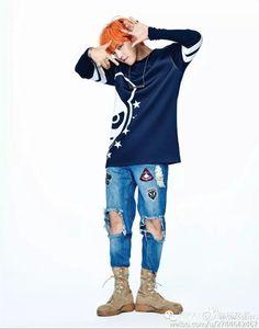 G-Dragon - HI PANDA Weibo Update