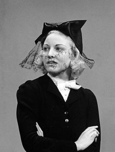 Black hat with bow, and veil with flower details. 1940s Fashion Women, Vintage Fashion, Fashion Black, Women's Fashion, Inspiration Boards, Back In The Day, Veil, Theatre, Bow
