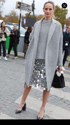 Embellished Skirt, Sequin Skirt, Cool Street Fashion, Street Style Women, Fall Winter, Autumn, Women's Fashion, Fashion Outfits, Look