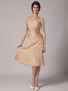 #kneelengthbridesmaiddress #chicbridesmaiddress #champagnebridesmaiddress