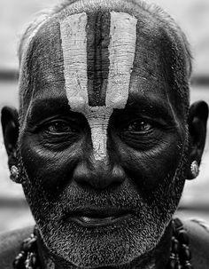 Portrait: Hindu Priest by Sri Harsha Meghadri on 500px