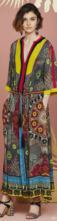Resort 2018 Etro Fashion 2018, Womens Fashion, Fashion Trends, Couture Accessories, Casual Street Style, Italian Fashion, Gypsy Style, Pakistani Dresses, Boho Chic