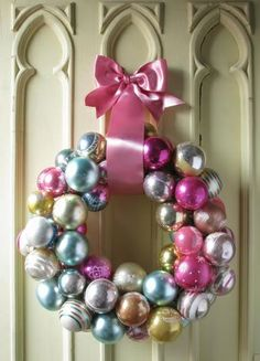 Use old ornaments to make this beautiful indoor Ornament Wreath! http://www.rewards4mom.com/diy-christmas-decorations-channel-inner-martha-stewart/