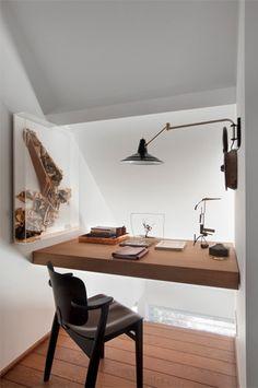 Open to below, floating desk, ambient light
