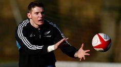 Super Rugby Round 12 Team of the Round – Slade or Barrett?