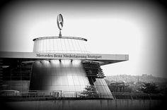 Mercedes Museum Stuttgart   http://mysweetescape.fr/2013/04/09/stuttgart-le-musee-mercedes-un-plongeon-dans-lhistoire-de-lautomobile/
