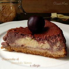 - CHEESECAKE AL CIOCCOLATO BIANCO E CILIEGIE - Il cheesecake al cioccolato bianco e ciliegie è una variante del classico cheesecake. Per preparalo basta dividere a metà l'impasto classico della crema del cheesecake ed aggiungere ad una parte le ciliegie e all'altra il cioccolato bianco. Vi assicuro che il risultato è sublime!