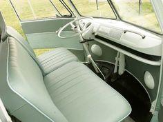 vw bus interior | 1963 Volkswagen Split Window Bus Front Row Interior Photo 4