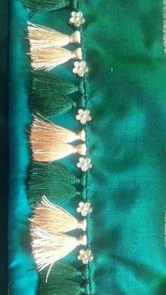 Saree Kuchu New Designs, Saree Tassels Designs, Bridal Blouse Designs, Saree Blouse Designs, Blouse Designs High Neck, Hand Work Blouse Design, How To Make Tassels, Embroidery Neck Designs, Diy Wedding Flowers