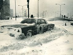 Blizzard of 1967. A Chicago police car is stalled at the Michigan Avenue entrance to Lake Shore Drive on Jan. 27, 1967 credit: Chicago Sun-Times