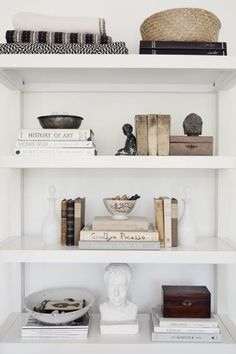 good reads: travel home. (sfgirlbybay) good reads: travel home. The post good reads: travel home. (sfgirlbybay) appeared first on Katzen. Decoration Inspiration, Interior Inspiration, Shelf Inspiration, Design Inspiration, Decor Ideas, Unique Home Decor, Cheap Home Decor, Apartment Decoration, Home Decoration