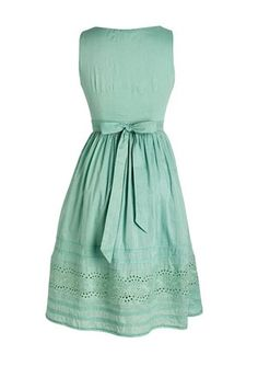 Considering making a dress similiar to this... Love the classic back with a bow.
