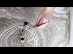 Suminagashi Paper Marbling DIY Japanese Water Marbling (How to Marble Paper) - Marble Diy Paper, Paper Art, Paper Crafts, Abstract Painting Techniques, Art Techniques, Japanese Water, Japanese Art, Origami, Diy Love