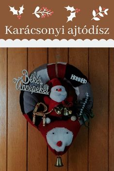 Alkotni és újrahasznosítani egyszerre. Karácsonyi ajtódísz könnyen szaktudás nélkül elkészíthető. Christmas Ornaments, Holiday Decor, Diy, Home Decor, Decoration Home, Bricolage, Room Decor, Christmas Jewelry, Do It Yourself
