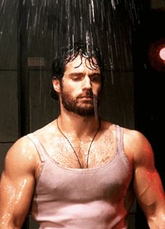All right, it's time to bring out the big guns. Like those on Henry Cavill. Can You Make It Through This Post Without Getting A Lady-Boner? Big Guns, Raining Men, Hairy Chest, Man Of Steel, Fitness Models, Hairy Men, Men Beard, Attractive Men, Gorgeous Men