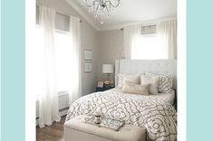 Elegant Small Master Bedroom Inspirations On A Budget 03 Small Master Bedroom, Dream Bedroom, Home Bedroom, Bedroom Decor, Bedroom Ideas, Master Bedrooms, Bedroom Designs, Light Bedroom, Chandelier Bedroom