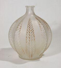 R. Lalique Glass Vase 'Malines'.
