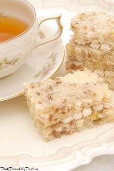 Take your banana bread obsession to the next level by slicing up a loaf and turning it into these tasty banana nut bread tea sandwiches.