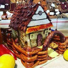 Gingerbread House Designs, Gingerbread Man, Home Recipes, Holiday Recipes, Good Food, Yummy Food, Snacks Für Party, Food Decoration, Christmas Appetizers