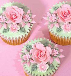 Gorgeous cupcakes!