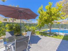 Villa Casa Blanca - Villa for 10 people in Alcúdia Vacation Villas, Outdoor Furniture, Outdoor Decor, Sun Lounger, Swimming Pools, Patio, Holiday, Summer, People