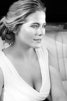 Wilhelmina Models - New York, Curve, VALERIE LEFKOWITZ Portfolio Tyra Banks, Body Shots, Wilhelmina Models, Dressed To The Nines, Best Model, One Shoulder Wedding Dress, That Look, Plus Size, Wedding Dresses