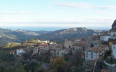 Italian House in the quaint & friendly Pietrapaola, minutes from the beach