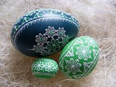 zelene Cute Easter Bunny, Happy Easter, Painted Rocks, Hand Painted, Paint Drop, Egg Crafts, Egg Art, Egg Decorating, Line Design