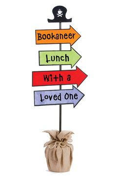 Create fun signage for your special event! Find instructions to make this in your Toolkit. Fair Files keyword: LUNCH SIGN